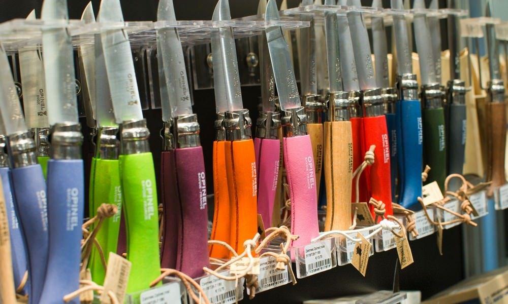 alle kleuren Opinel zakmessen op voorraad in onze winkel