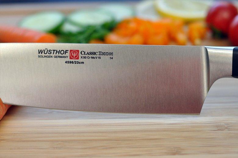 Keihard staal zorgt voor een mes wat scherp blijft